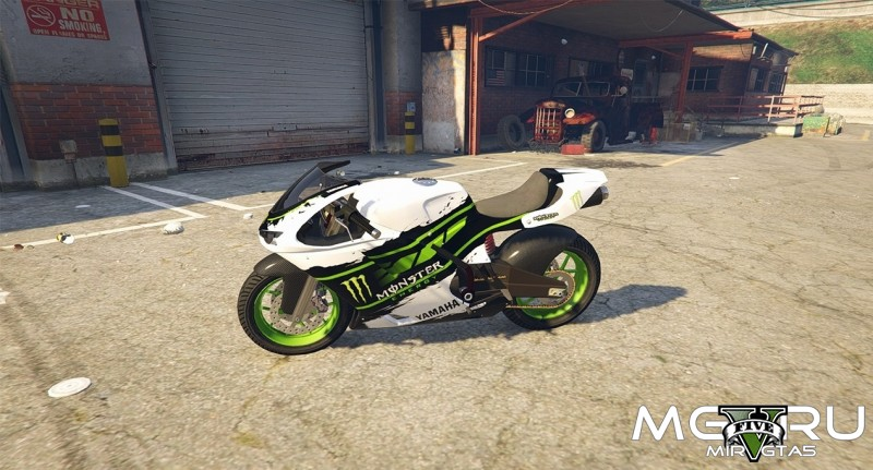 Мод Yamaha R1 в стиле Monster Energy